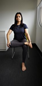 Chair yoga: pigeon pose 1